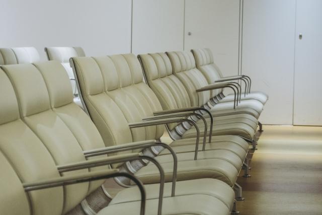 クリニック待合室の密を避ける5つのポイント